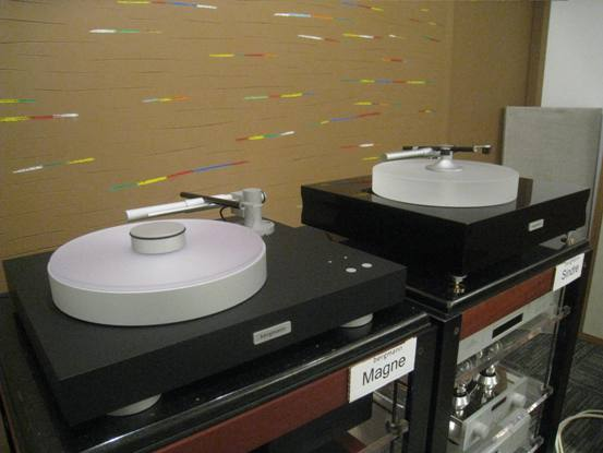 Bergmann turntables - Magne (starter model) and Sindre (high-end model)